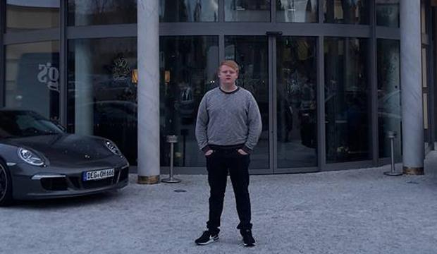 Artikel billede: Simon Nielsen udenfor Kings Casino
