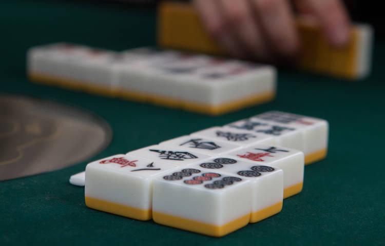 mahjong_fotos_-_full_size_-_22_of_32