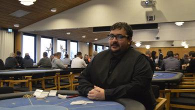 Photo of Ross Gaff laver video interviews med blandt andet pokerspillere