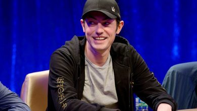 Photo of Tom Dwan bluffer med 7-2 i Triton High Roller Cash Game