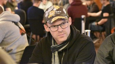 Photo of Anders Bisgaard i front af DM i Poker 2019, Finalebordet