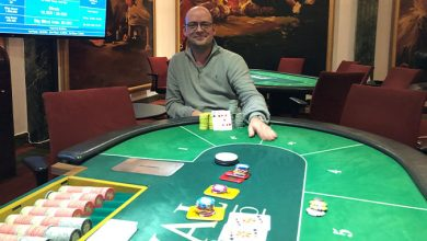 Photo of Rune Risom vinder på Casino Aarhus efter deal, 7-11-2019