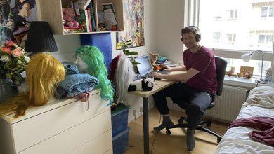 Photo of Rasmus passer Danske Spil Poker fra datterens værelse
