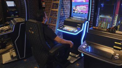 Elvis roder med de nye spillemaskiner, Casino Munkebjerg